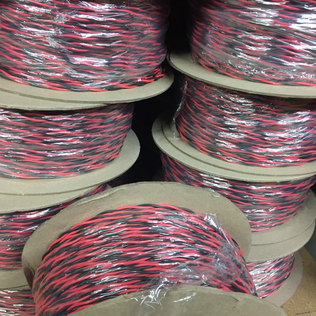 Cable Flexible, Red & Black 0.75 Twisted 2491X
